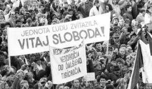 jednota ľudi zvíťazila...chceme chlieb, hry a pokoj